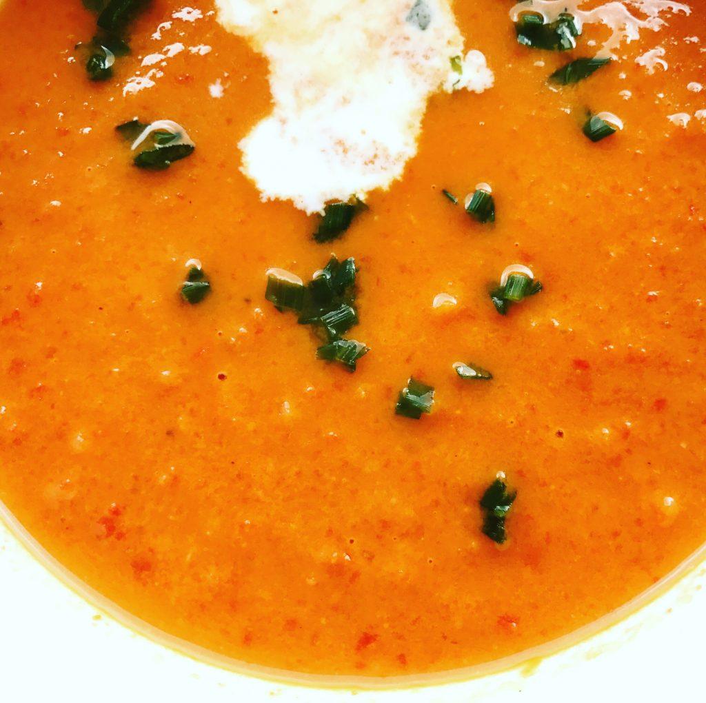 paprika tomaten ingwer creme suppe zu faul zum kochen. Black Bedroom Furniture Sets. Home Design Ideas