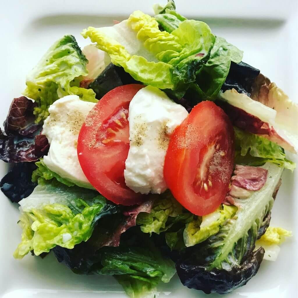 romana salat mit tomaten und mozzarella zu faul zum kochen. Black Bedroom Furniture Sets. Home Design Ideas